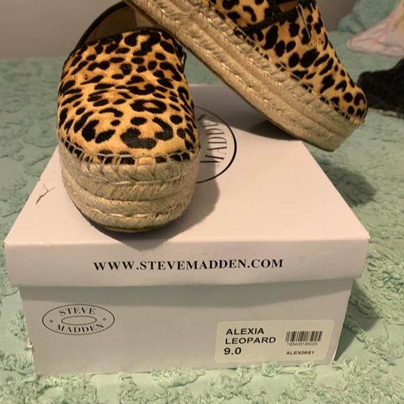 0e53abcf469 Steve Madden Alexia Leopard espadrille